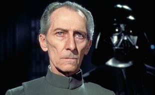 Peter Cushing dans Star Wars: Episode IV, un nouvel espoir de George Lucas