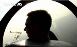 La chaîne britannique ITV News a diffusé une vidéo présentée comme montrant Andreas Lubitz lors d'un vol d'entraînement, il y a une dizaine d'années.
