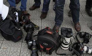 Deux journalistes disparus mercredi ont été retrouvés morts jeudi par la police à Boca del Rio, près de Veracruz, à l'est du Mexique, avec deux autres cadavres encore non identifiés, a annoncé le gouvernement de l'Etat de Veracruz.
