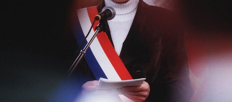 Jean-Michel Lattes et Jean-Baptiste de Scoraille arboraient leurs écharpes tricolores lors d'une cérémonie religieuse à Lourdes (illustration)