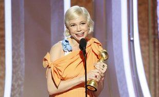 Michelle Williams sur la scène des Golden Globes, à Los Angeles, le 5 janvier 2020.