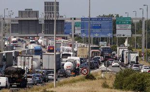 Des bouchons près de Calais, le 30 juin 2015