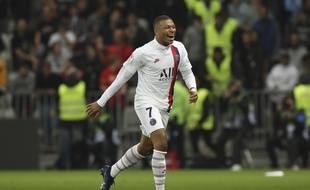 Championnat de France de football LIGUE 1 2018-2019-2020 - Page 29 310x190_-51x45_kylian-mbappe-marchait-eau-face-nice-bon-face-neuf-adversaires-seulement