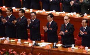 Le Parti communiste chinois (PCC) a clos mercredi son congrès en élisant un comité central qui doit consacrer dès le lendemain Xi Jinping comme numéro un du régime, ainsi que les nouveaux membres de la direction suprême.