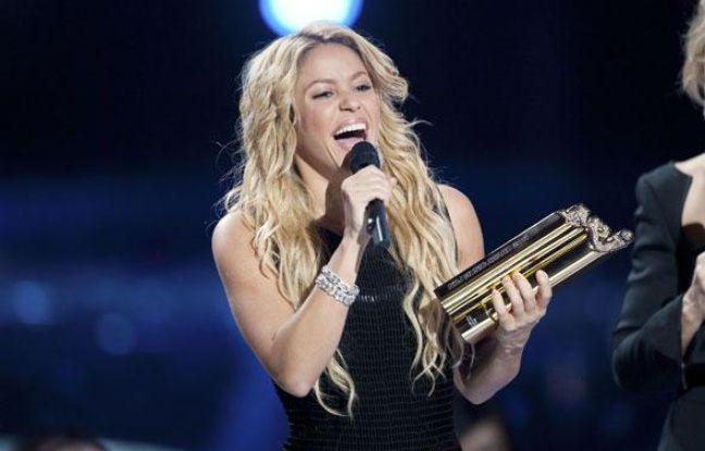 Shakira a été sacrée meilleure artiste féminine internationale de l'année aux NRJ Music Awards le 22 janvier 2011 à Cannes.