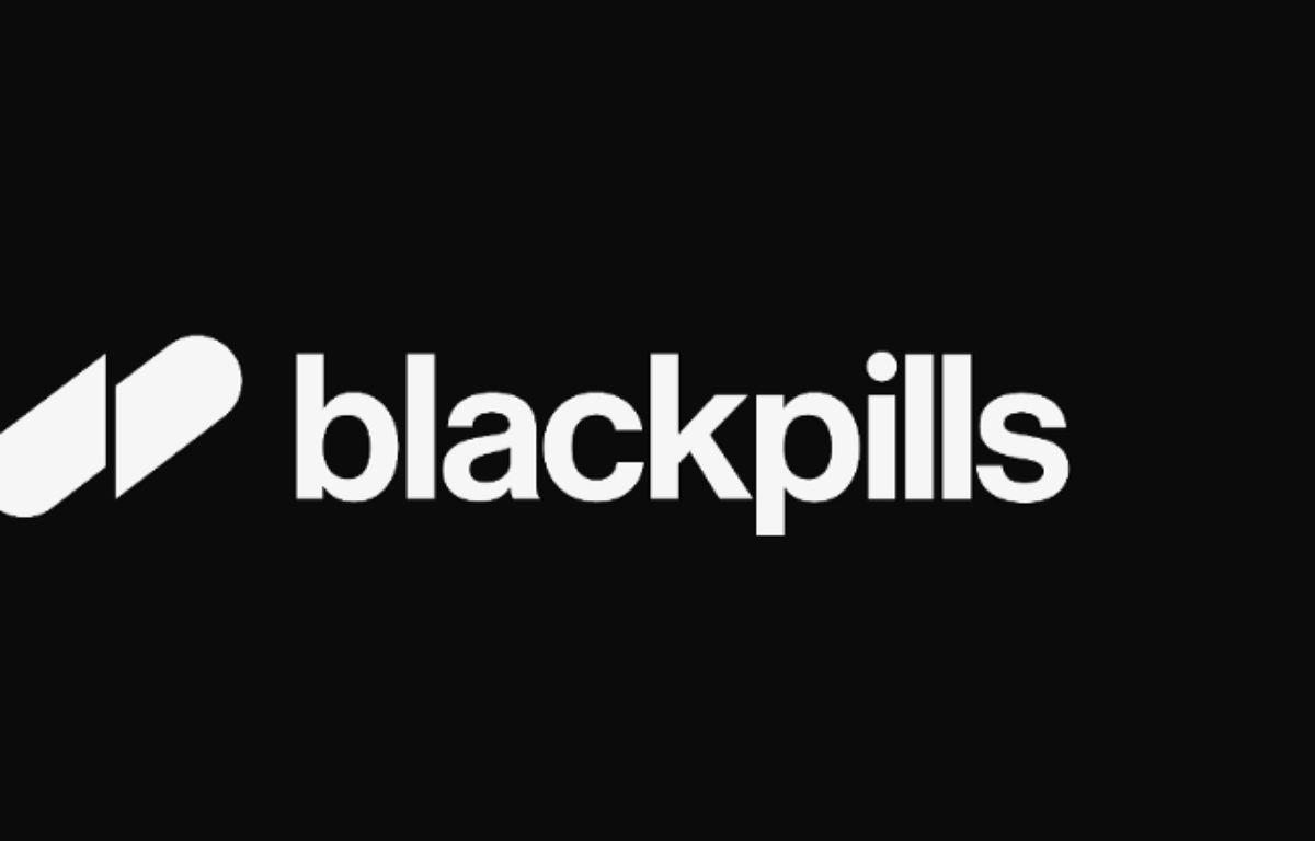 Le logo de Blackpills, la plateforme de séries pour mobiles qui débarque en France en avril. – Blackpills
