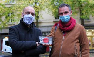 Jean-François Delsault et Yann Legay ont créé l'application Archives en poche qui offre une plongée dans l'histoire de Rennes.