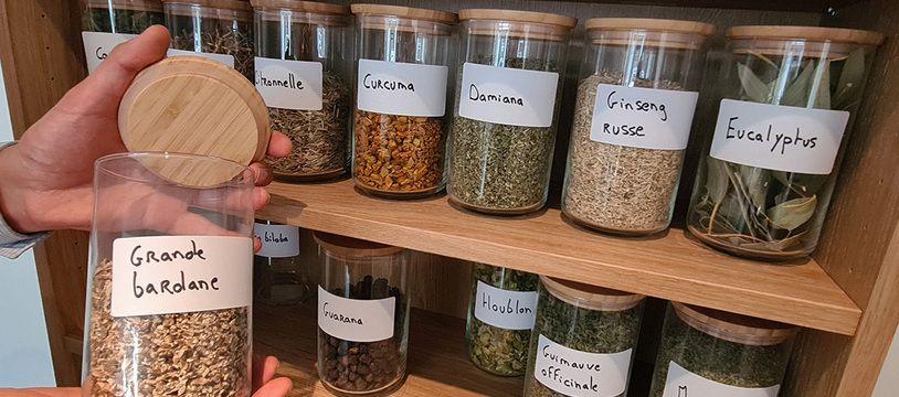 Madjid Allouache a ouvert son herboristerie à Lille.