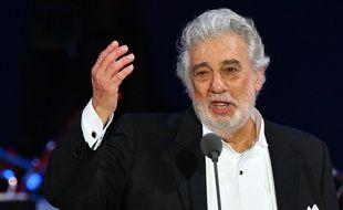 Placido Domingo a été accusé de harcèlement sexuel par neuf femmes, huit chanteuses et une danseuse.