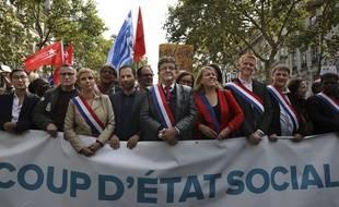 Jean-Luc Mélenchon lors d'une manifestation à Paris.