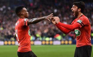 La finale de la Coupe de France se jouera en prolongations, les Rennais se sont arrachés face au PSG.