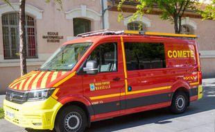 Le véhicule des marins-pompiers de Marseille pour la recherche du Covid-19 dans les eaux usées.