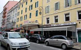"""""""Le petit Bar"""" à Ajaccio, le 8 avril 2013"""