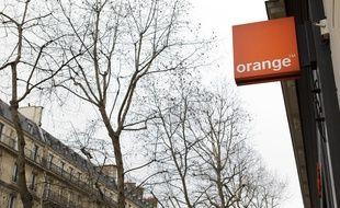 paris le 28 janvier 2013. Illustration arrivee 4g Orange a Paris.