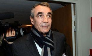 Le président de la Ligue nationale de rugby, Pierre-Yves Revol, au siège de la Ligue à Paris, le 25 janvier 2012.