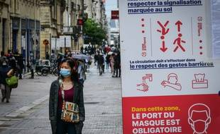 Le port du masque était obligatoire rue Sainte-Catherine, à Bordeaux, depuis le 11 mai 2020.