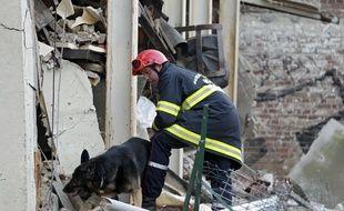 Illustration de pompiers lors d'une explosion à Lille.
