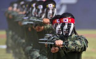 L'armée sud-coréenne effectuant une démonstration d'arts martiaux en septembre 2017. Image d'illustration.