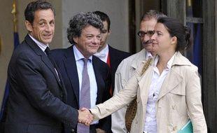 Le 3 septembre, Nicolas Sarkozy recevait à l'Elysée Cécile Duflot, la secrétaire nationale des verts, pour discuter de la taxe carbone.