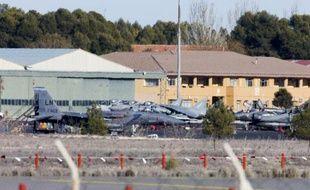 Des avions de combat sur la tarmac de la base de Los Llanos en Espagne, le 27 janvier 2015