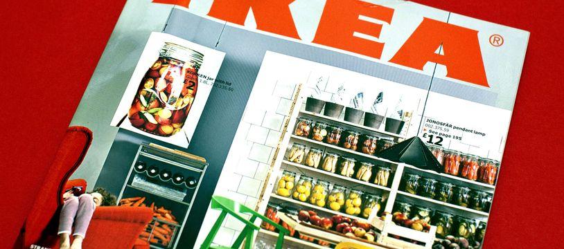Un catalogue Ikea (illustration).