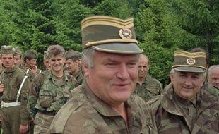 Le commandant en chef de l'armée de la République serbe de Bosnie Ratko Mladic