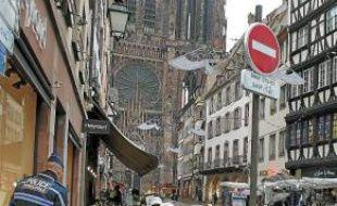 La rue Mercière mise en sens unique.