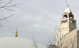 La Grande Mosquée de Lyon, en décembre 2009. Le lieu de culte a été construit dans les années 1990 dans le 8e arrondissement de Lyon.