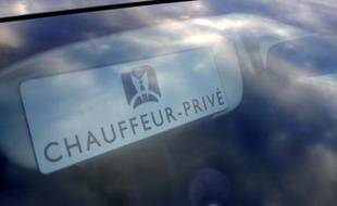 Une voiture de tourisme avec chauffeur (VTC), le 11 février 2016, à Paris