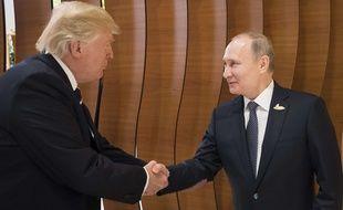 Donald Trump et Vladimir Poutine se sont déjà rencontrés, le 7 juillet 2017, en marge du G20 à Hambourg (Allemagne).