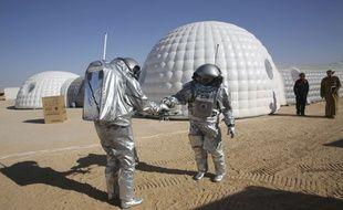 Des astronautes ont participé à un projet privé européen dans le désert d'Oman pour préparer l'exploration de Mars.