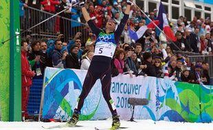 Le champion français de combiné nordique, Jason Lamy-Chappuis, lors de sa victoire aux Jeux olympiques de Vancouver, le 14 février 2010