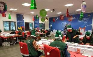 Les lutins du père Noël reçoivent cette année des courriers évoquant l'épidémie de coronavirus.
