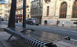 Toulouse Ils Dressent Une Cartographie Du Mobilier Anti Sdf Pour