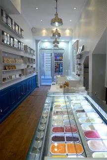 La boutique Une Glace à Paris dans le 4e arrondissement de Paris.