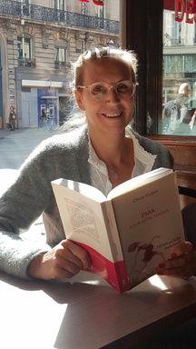 Olivier Knittel publie PMA pour mon amour, où elle raconte pourquoi et comment elle a réalisé plusieurs FIV pour devenir mère solo.