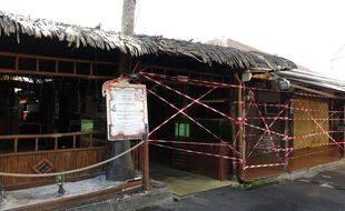Un restaurant fermé en avril 2021 à Pointe-à-Pitre pour limiter la propagation du coronavirus (illustration).
