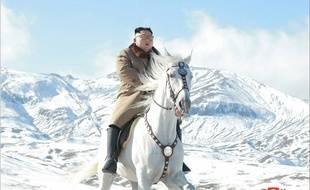 Kim Jong-un à cheval sur les flancs du mont Paektu (cliché publié le 16 octobre 2019).