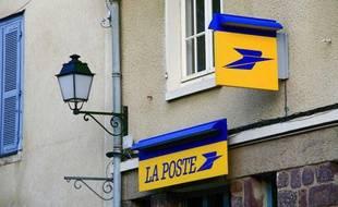 Photo d'illustration du logo de la Poste.