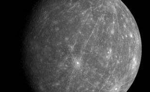 La face cachée de Mercure, photographiée par la sonde Messenger