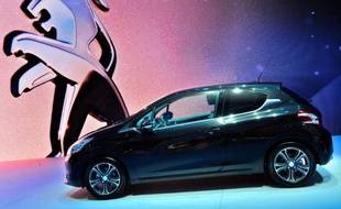Le marché automobile français a reculé de 20,4% au premier trimestre toujours en raison de la fin de la prime à la casse, selon des données quasi-définitives arrêtées au 28 mars divulguées vendredi par le site internet des Echos.