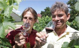 Jacques Burliga a transmis sa propriété de 50 hectares à son fils Arnaud.