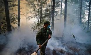 Le Portugal connaissait samedi une accalmie sur le front des incendies, combattus dans l'après-midi par plus de 200 pompiers, mais les secours restaient mobilisés pour éviter de nouvelles reprises de feux, selon la protection civile.