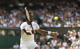 Monfis en pleine action à Wimbledon.