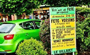 Panneau qui indique la fete des voisins. Le Mans, 2013.