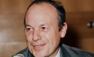 Grand résistant et ancien ministre de De Gaulle, le centriste Pierre Sudreau est décédé dimanche après-midi à Paris à l'âge de 92 ans, a-t-on appris auprès de la mairie de Blois, dont il fut maire de 1971 à 1989, avant d'être battu par le socialiste Jack Lang.
