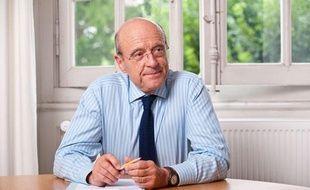 Alain Juppé dans son bureau à la mairie de Bordeaux le 28 juin 2012