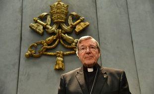 Le cardinal George Pell, numéro trois du Vatican, est inculpé d'agressions sexuelles en Australie.