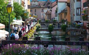 Annecy est la ville où l'on vit le mieux en France selon un classement établi par l'association Villes et Villages où il fait bon vivre.