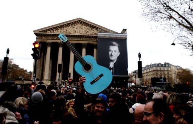 nouvel ordre mondial | VIDEO. Cinq infos dans le rétro: Hommage à Johnny, on vote en Corse et chez les Républicains